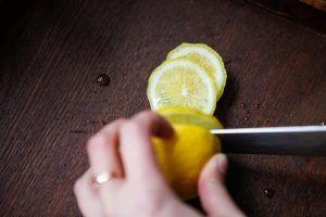 beneficios-aceite-oliva-limon-amarillo